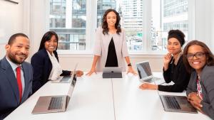 gateware-gw-outsourcing-empresa-de-tecnologia-tem-mulheres-em-metade-dos-cargos-de-lideranca-e-quer-ampliar-participacao-feminina